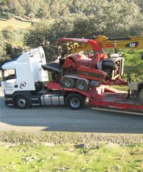 Alquiler de camiones grúa en Puente Genil con conductor - Grúas Muñoz
